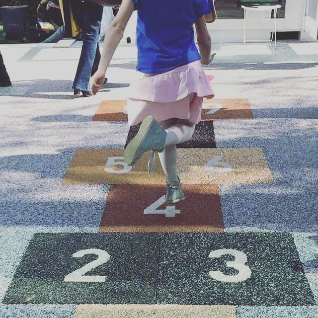 pavimento parco giochi