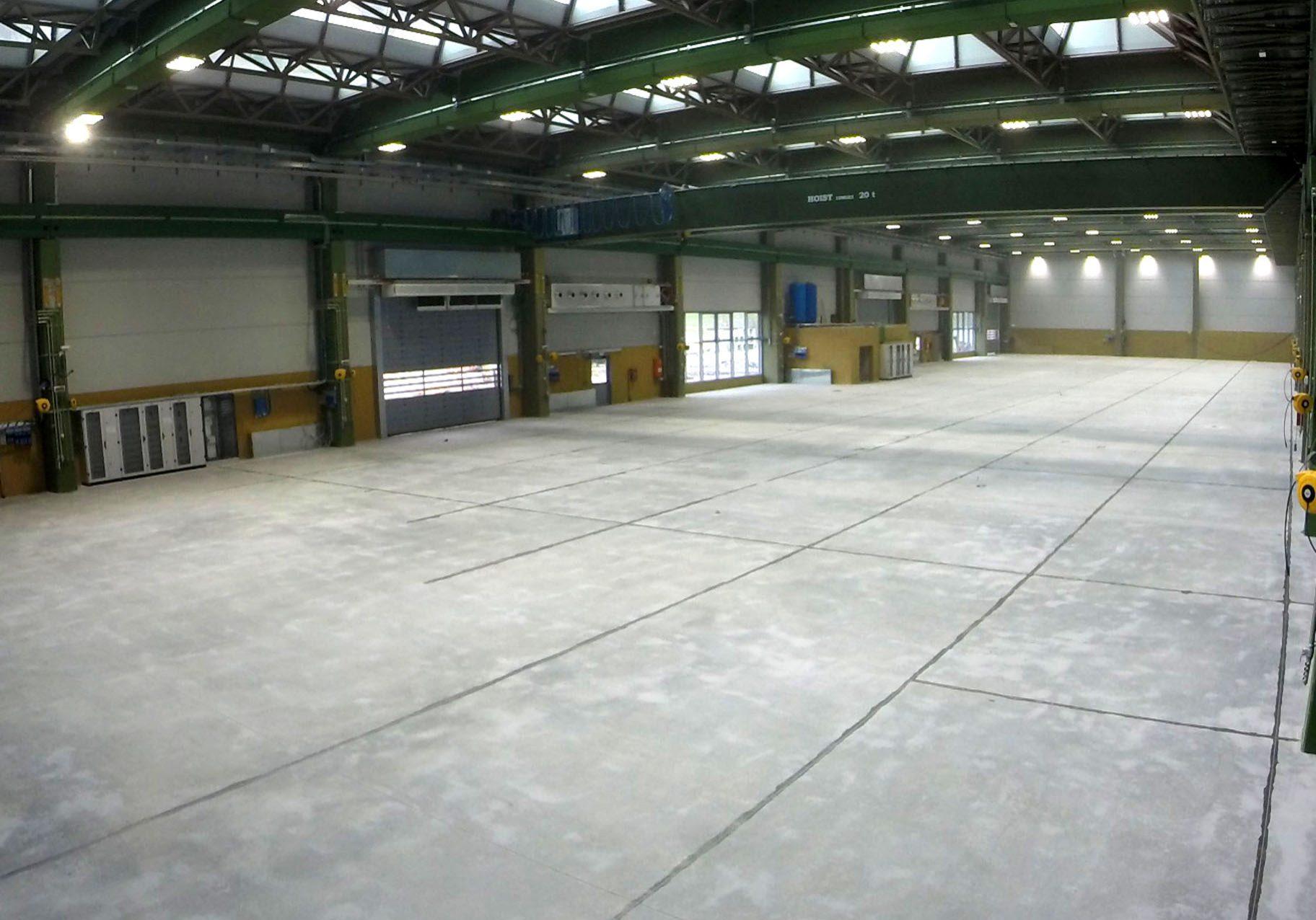 installazione pavimento per adige spa